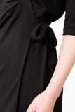 leya-kasack-wickelkleid-mit-stehkragen-schwarz-mit-kragen-sand-pure-berufsbekleidung-02